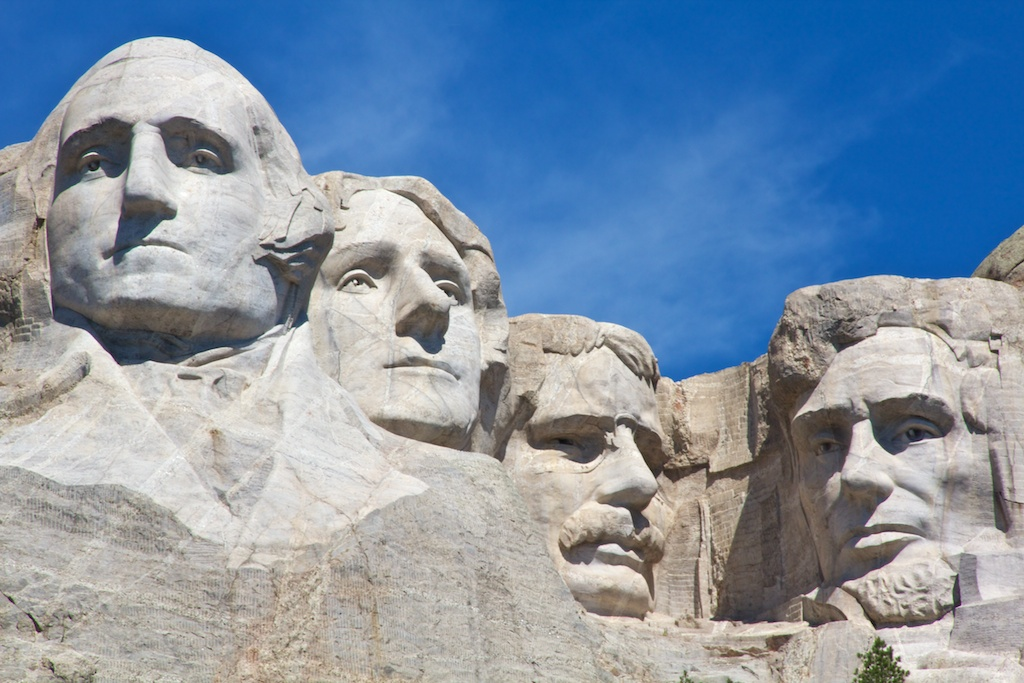 Mount Rushmore close-up July 2011 (1)