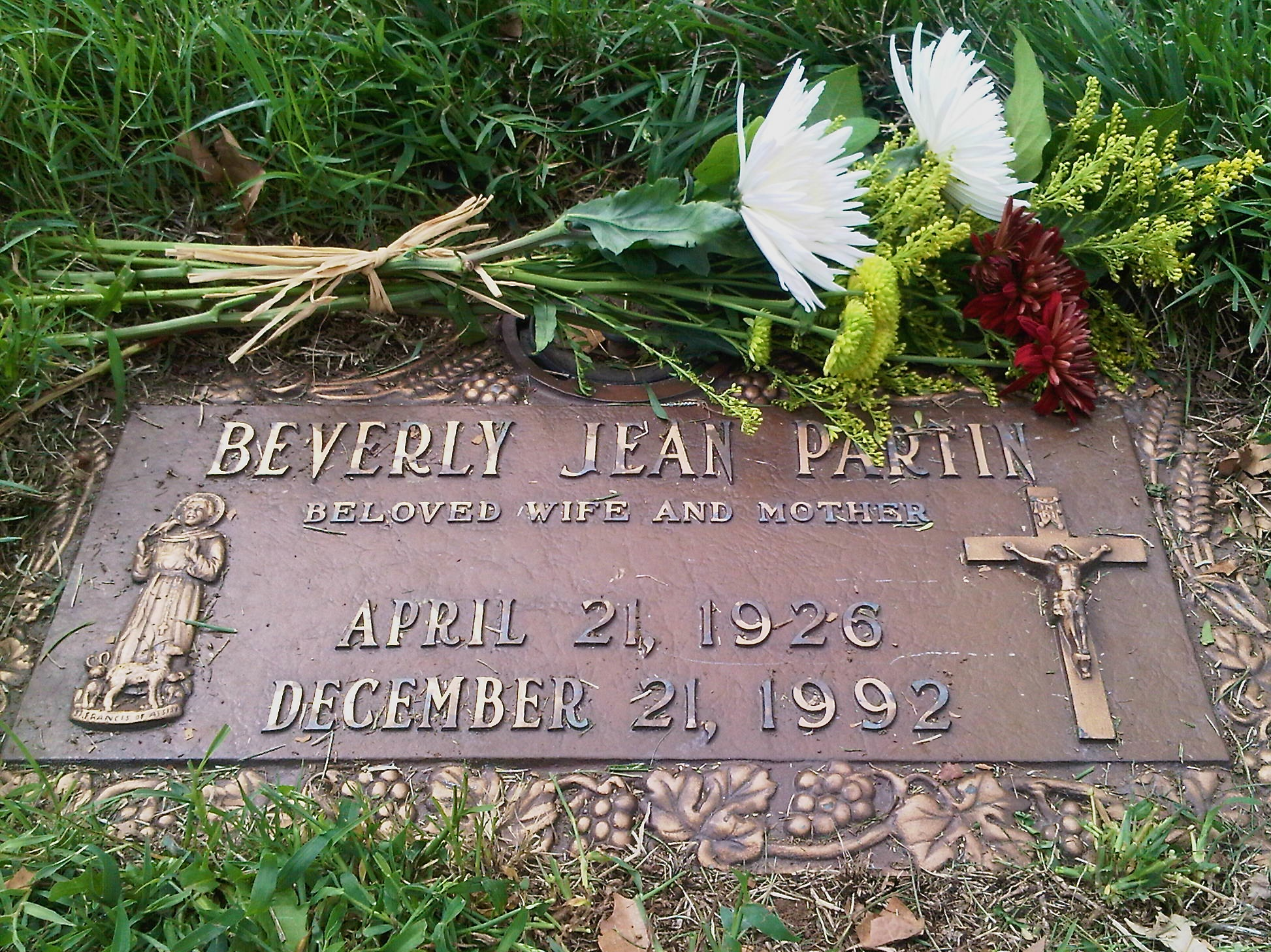 Beverly Partin&#039;s grave Mount Moriah 2 Sept 2012