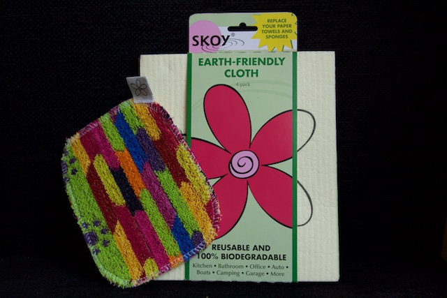 Skoy Reusable Kitchen Cloths Are Colorful and Inexpensive